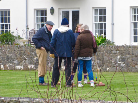 priory-croquet-match-2016.480.360.s